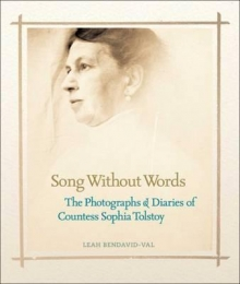 Song Without Words : The Photographs and Diaries